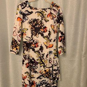 😍 Beautiful Vibrant Dainty Jewell's dress